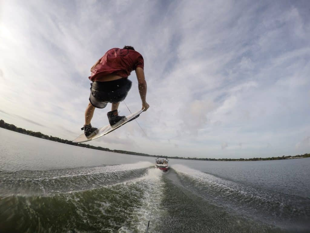 7 Key Wakeboard Positions For A Strong Heelside Edge