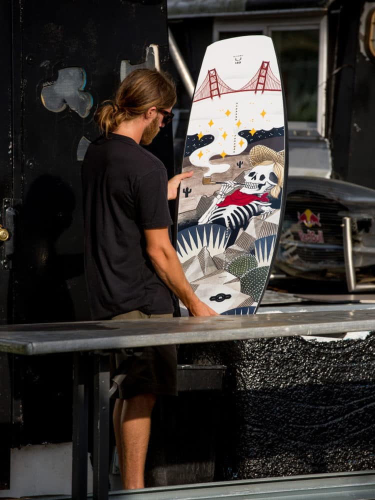 Choosing The Best Wakeboard Size Using Height And Weight